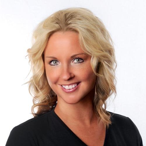 Dr. Nicole Adamson, DC